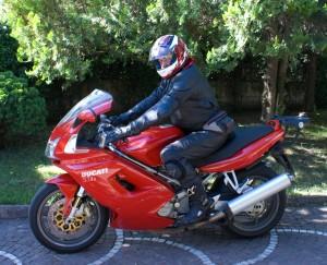 Ducati ST4S motore della Ducati superbike 996